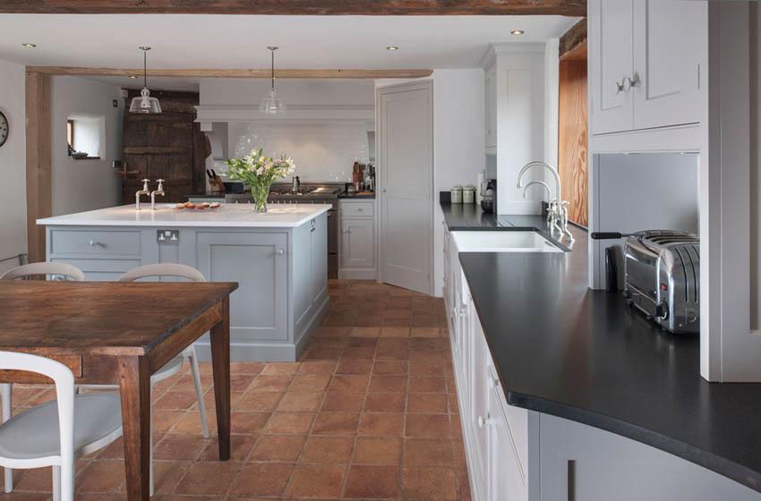 Bespoke kitchens cork bespoke kitchen designs bespoke for Bespoke kitchen design