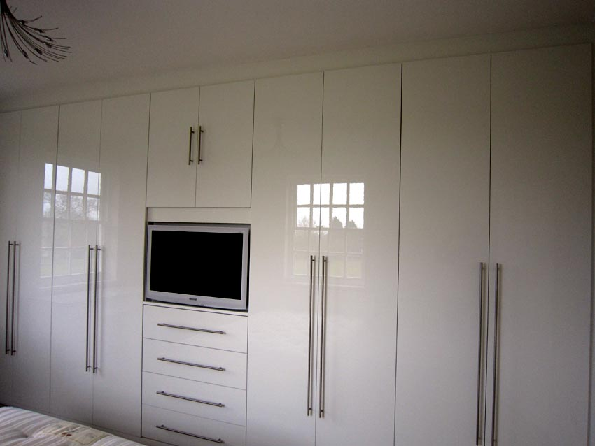 Built in wardrobes cork built in wardrobe designs and ideas Pictures of built in wardrobes