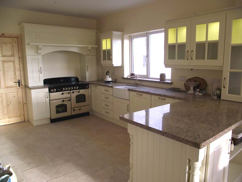 Geaneys kitchen design cork kitchen designs and much more for Fitted kitchen ideas