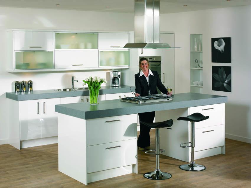 Kitchen ideas kitchen designs small kitchen design for Bespoke kitchen ideas