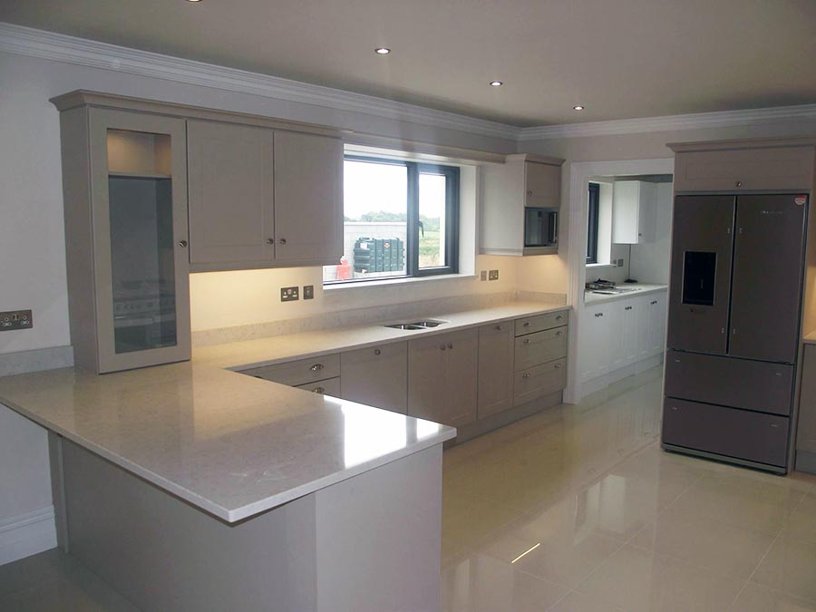 Geaneys kitchen design cork kitchen designs and much more for Small fitted kitchen ideas